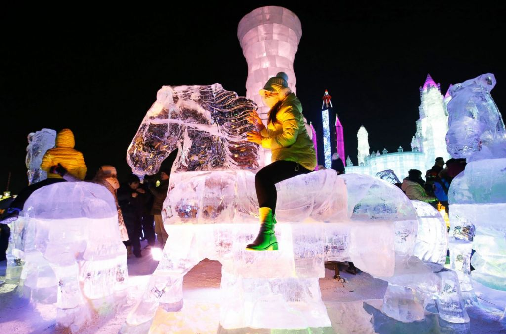 RT_harbin_ice_festival_01_jef_150106_3x2_1600